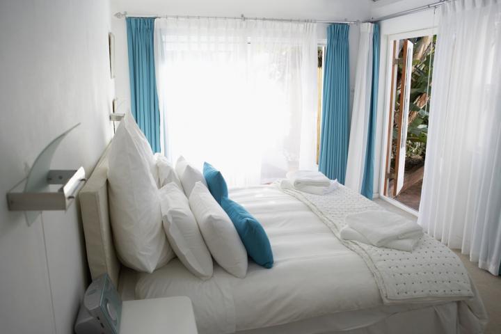 C mo decorar una habitaci n peque a decoraci n del hogar - Como amueblar una habitacion pequena ...