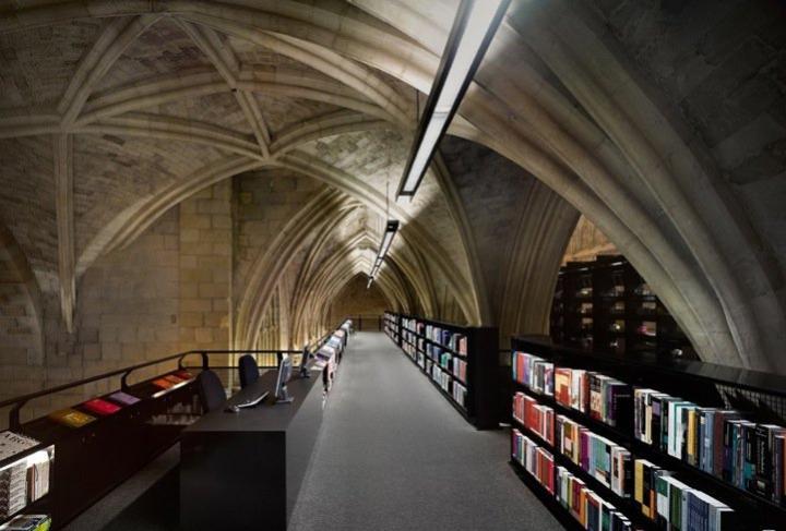 Iglesia reconvertida en una de las librerías más bellas del mundo Fotos-iglesia-reconvertida-libreria