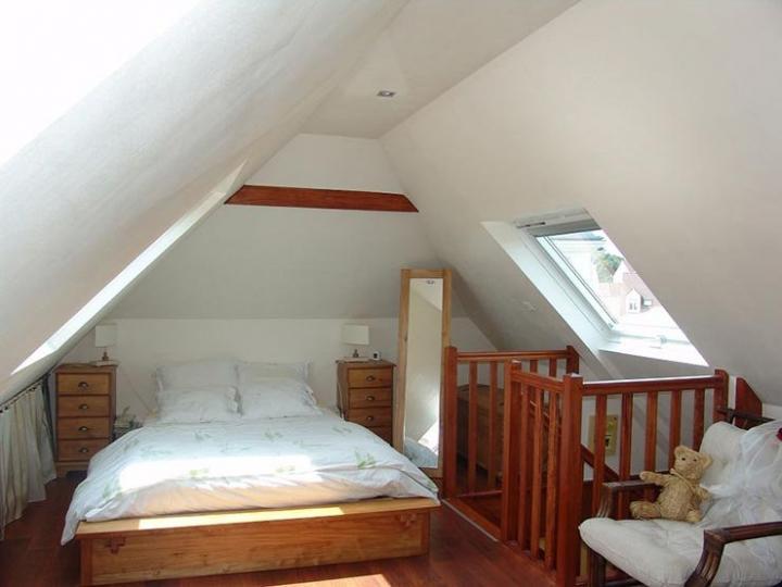 Ideas para decorar una buhardilla decoraci n del hogar for Ideas para amueblar una habitacion
