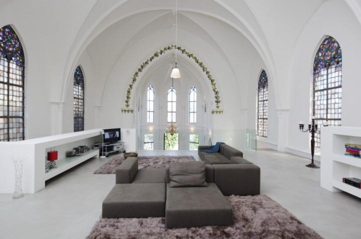 Residential Church XL. Iglesia convertida en loft