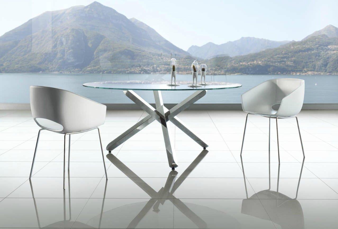 10 mesas redondas de cristal para tu hogar decoraci n del Mesas de cristal pequenas