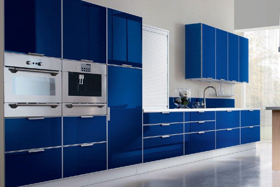 El azul en la decoraci n de interiores decoraci n del hogar for Pintura cocina pato azul