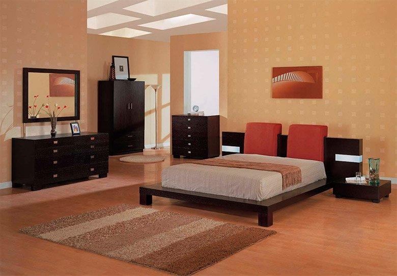 Buenas razones para colocar una alfombra en el dormitorio for Mueble que se pone a los pies de la cama