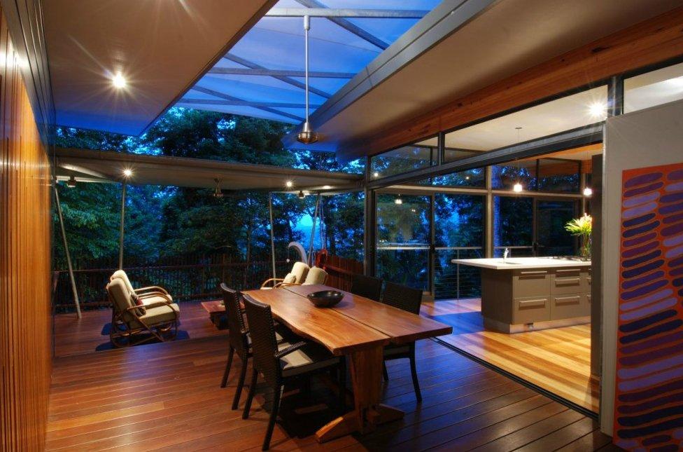 Una casa moderna en los rboles decoraci n del hogar for Casa moderna bloxburg