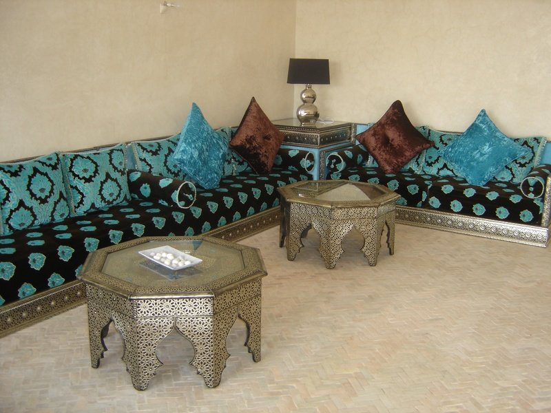 Decoraci n rabe decoraci n del hogar for Sala de estar estilo arabe