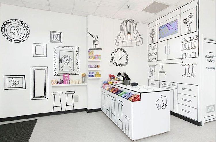 Increíble decoración de una tienda de caramelos. Decoración del ...