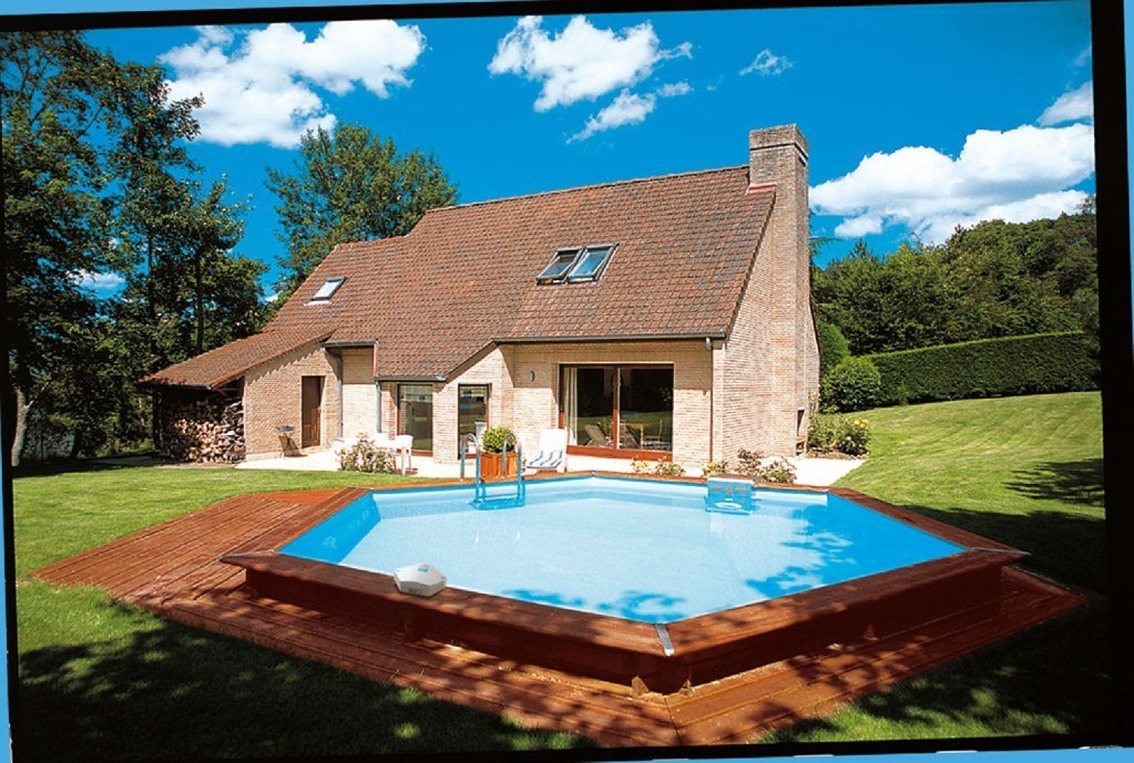 Casas con piscinas hexagonales de madera decoraci n del - Casas de madera con piscina ...