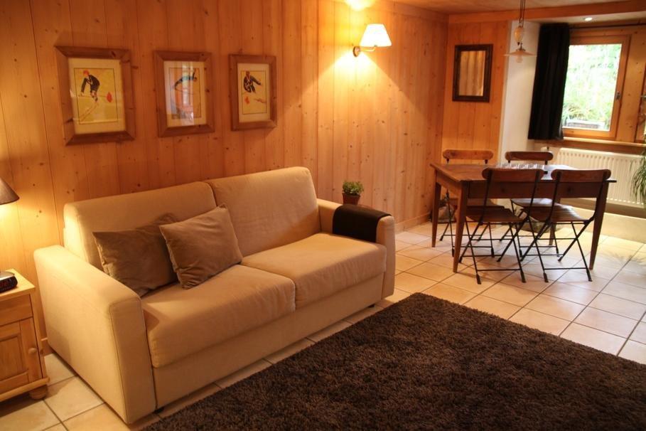 Interior de un sal n de estilo r stico decoraci n del hogar - Decoracion de salon rustico ...