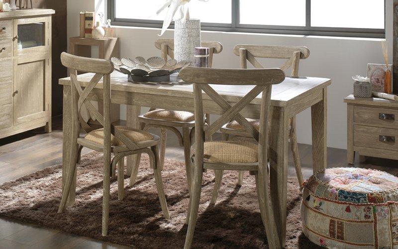 Mesas rústicas en Banak Importa. Decoración del hogar.