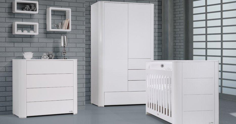 Serie arc mobiliario de beb s de la firma trama for Mobiliario habitacion bebe