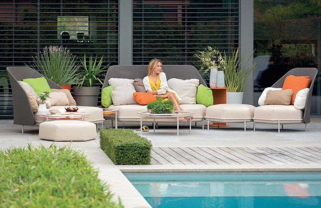 Muebles de jard n consejos para elegir el material m s for Muebles para terraza y jardin