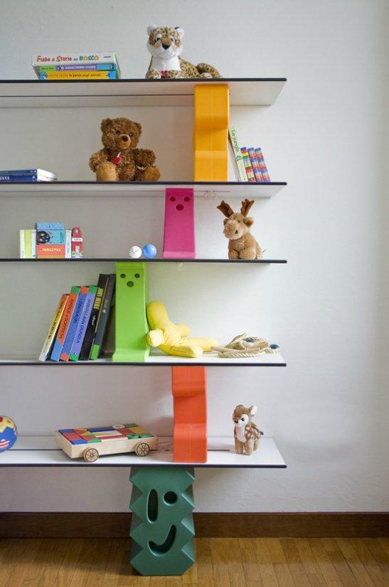 Muebles infantiles de jardin mesa y banco de madera para for Muebles infantiles de madera