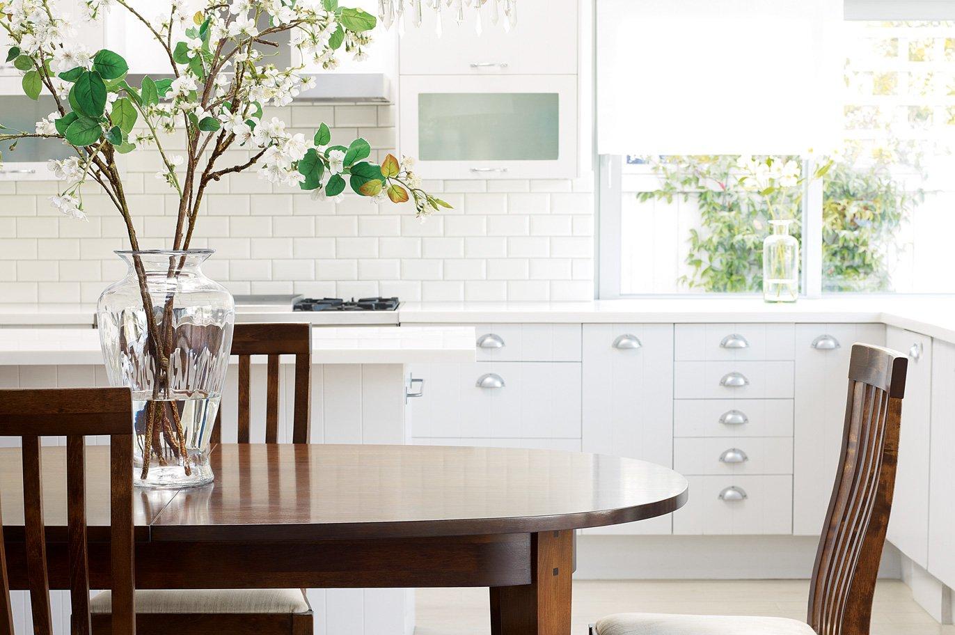 Muebles para una cocina de estilo ingl s decoraci n del for Decoracion del hogar muebles