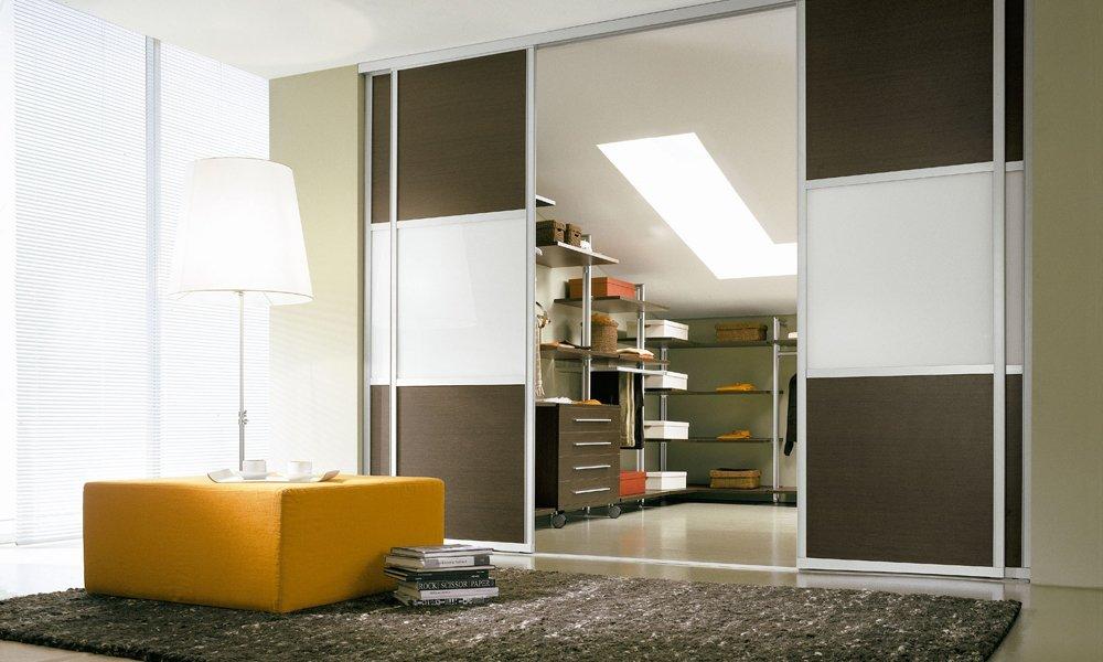 Ahorra espacio instalando puertas correderas decoraci n - Puertas correderas de cocina ...