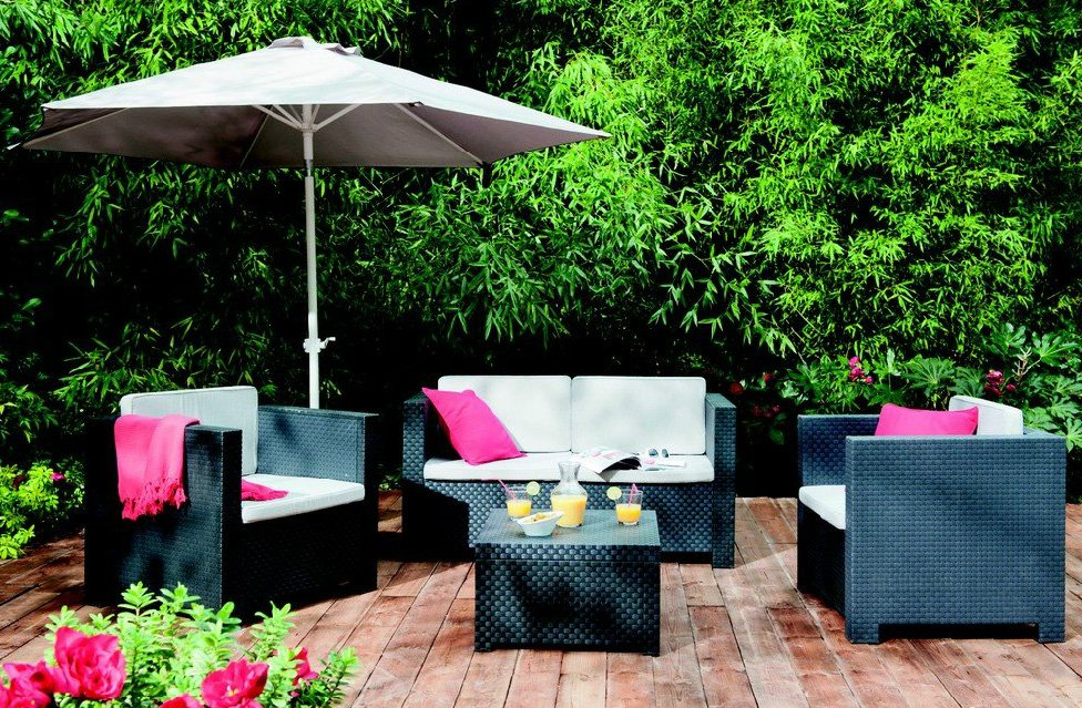 Muebles de jard n primavera verano 2012 decoraci n del hogar for Muebles de mimbre para jardin