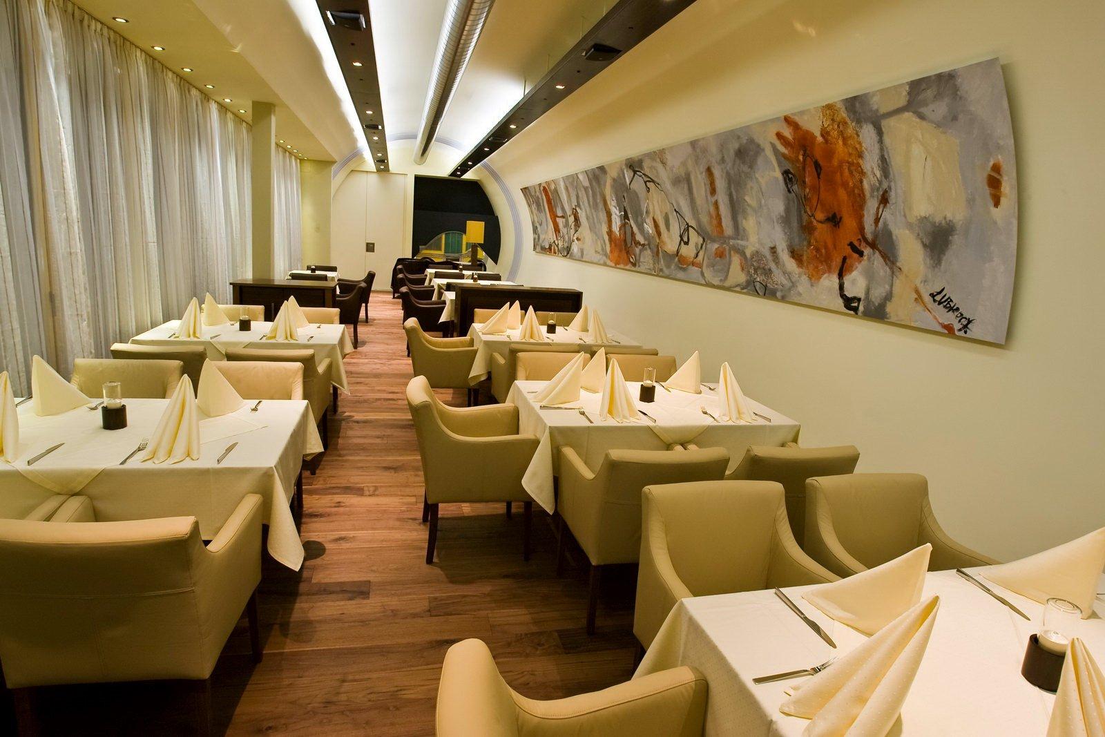 Restaurante al estilo volkswagen beetle decoraci n del hogar for Decoracion de banos de restaurantes