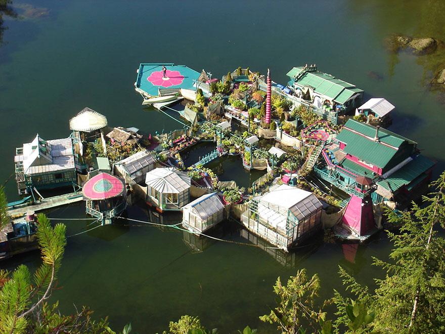 Como construir un pueblo flotante en 20 anos (9)