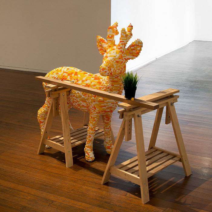 Exposición de arte y diseño entre Ikea y Lego