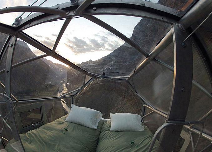 Modulos transparentes para dormir en la montana (7)