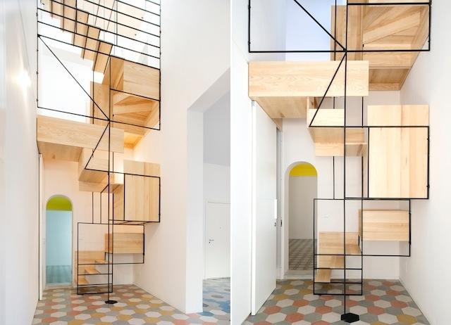 Original escalera flotante de madera (3)