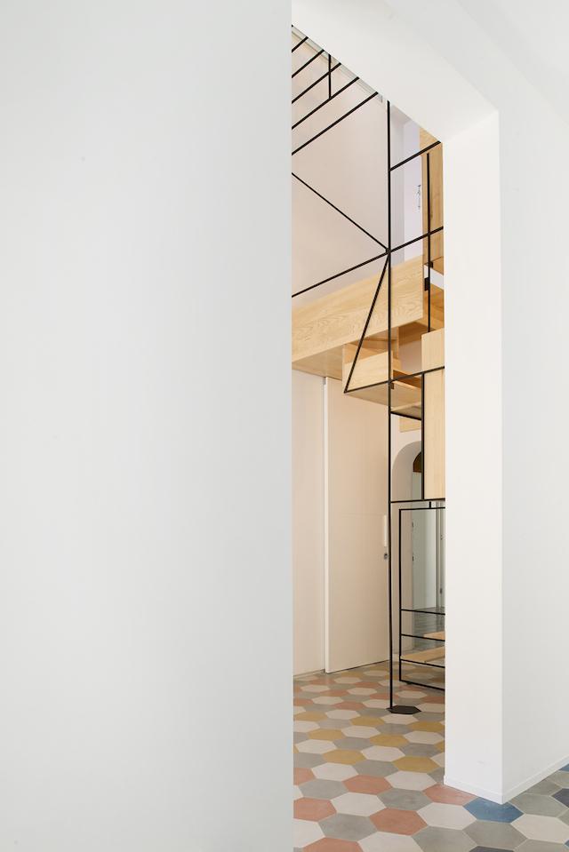 Original escalera flotante de madera (7)