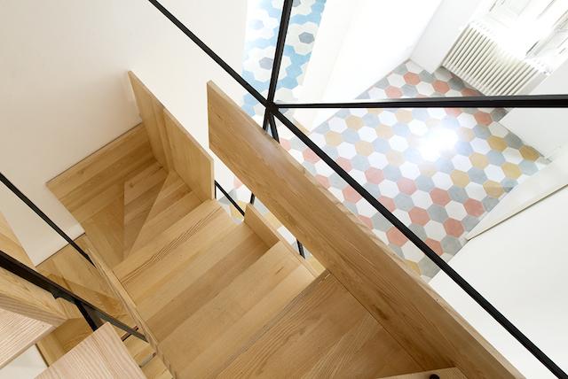 Original escalera flotante de madera (8)