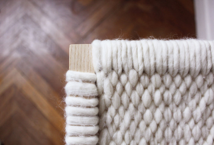 Wool and Wood, consola de lana y madera (5)